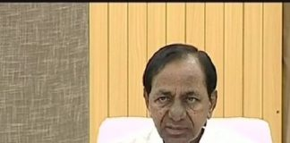 Telangana Chief Minister K Chandrashekar Rao addressing media persons on Tuesday in Hyderabad. (Photo: ANI)