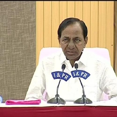 Telangana Chief Minister K Chandrashekar Rao addressing media persons on Tuesday in Hyderabad. (Photo: ANI)
