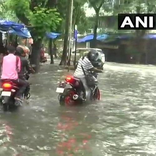 Maharashtra: Severe waterlogging in Mumbai's Sion area due to heavy rainfall (Photo: ANI)